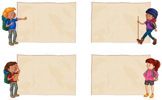 Quatre papiers avec des randonneurs heureux vecteur