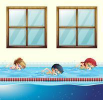 Trois enfants nageant dans la piscine vecteur