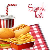 Conception de papier avec fastfood sur table