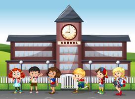 Enfants internationaux à l'école vecteur