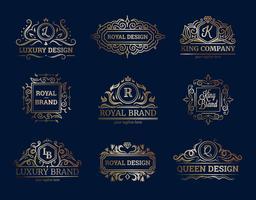 Ensemble de conception d'étiquettes de luxe vecteur