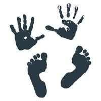 Empreinte des paumes et des pieds des enfants.