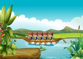 Un bateau en bois plein d'hommes