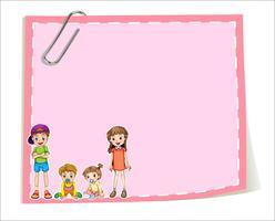 Un modèle de papier vide avec des enfants