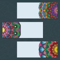 Collection de bannières colorées de mandala sur fond bleu