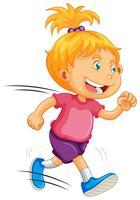 Un enfant qui court sur fond blanc