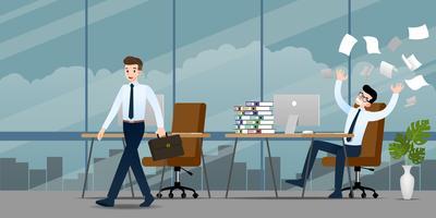 Homme d'affaires dans une émotion différente. Deux hommes d'affaires ont une situation de travail contrastée: on peut finir et rentrer chez eux mais l'autre est très confus et occupé. Illustration vectorielle