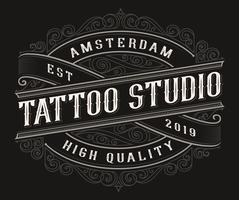 Création de logo de tatouage vintage vecteur