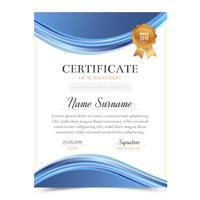 Modèle de certificat avec le design moderne et de luxe, modèle de diplôme