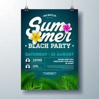 Vector Summer Beach Party Flyer Design avec des fleurs et des feuilles de palmier tropical sur fond bleu. Illustration de vacances d'été avec des plantes exotiques