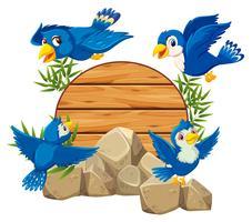 Oiseau avec bambou en bois