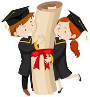 Homme et femme en robe de graduation