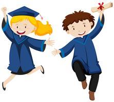 Remise des diplômes avec deux étudiants