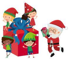 Père Noël et enfants heureux sur la boîte présente