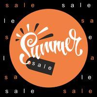 Solde d'été. Caractères. Soleil et rayons. Tag design pour remise. Shopping sur place. Illustration vectorielle vecteur