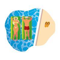 jeune couple avec matelas flottant dans la piscine