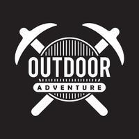 Logo et insigne d'aventure, bon pour l'impression vecteur