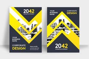 Modèle de conception de couverture de livre d'affaires fond de ville de flèche jaune vecteur