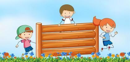 Enfants sautant obstacle en fond de nature