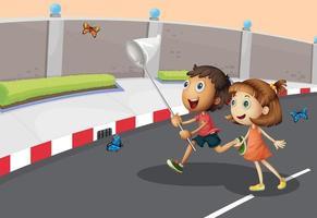 Enfants attrapant des papillons dans la rue vecteur
