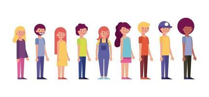 personnes debout souriant des vêtements colorés organisés par stature