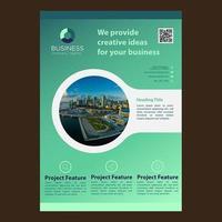Brochure professionnelle moderne de découpe circulaire verte vecteur