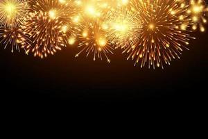 Collection de feux d'artifice dorés et d'effets spéciaux de lueur lumineuse le long du haut du fond noir vecteur