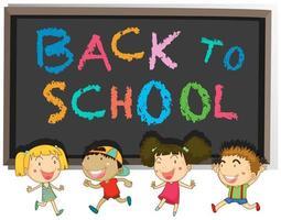 Message de retour à l'école sur tableau noir