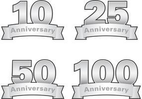 Étiquettes en argent d'anniversaire vecteur
