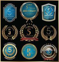 Modèles de badge 5e anniversaire vecteur