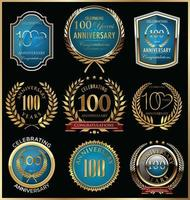Modèles d'insignes du 100e anniversaire
