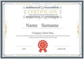 modèle de certificat ornemental avec cadre vintage