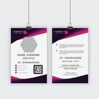 carte d'identité d'employé en forme d'angle violet et rose