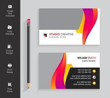 carte de visite de forme abstraite de couleur vive