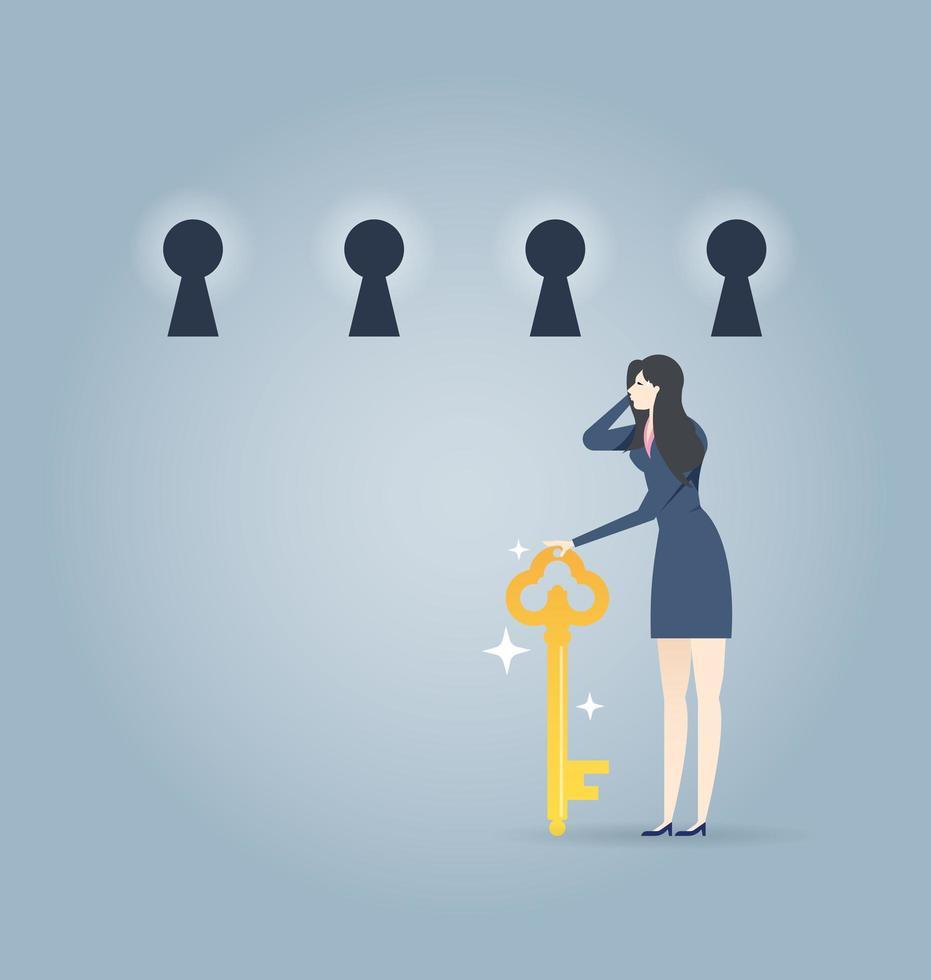 mulher de negócios com chave, escolhendo um buraco de fechadura vetor