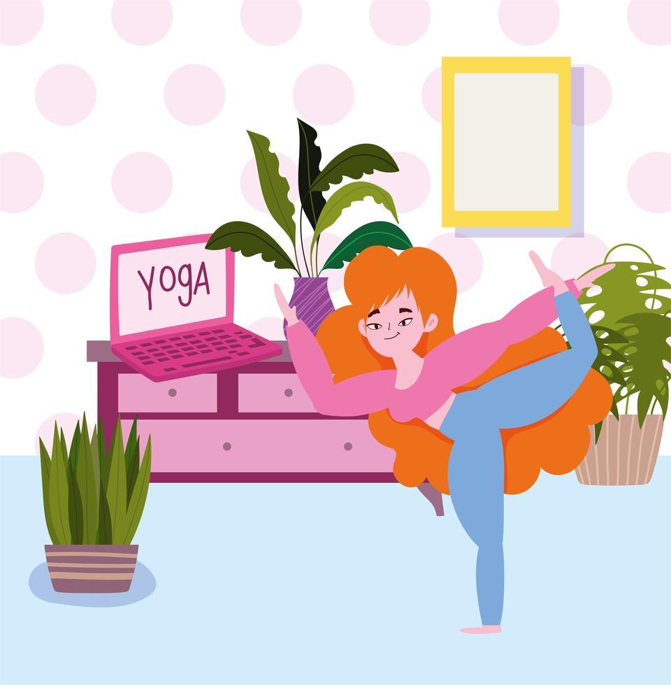 menina na sala com laptop praticando ioga vetor