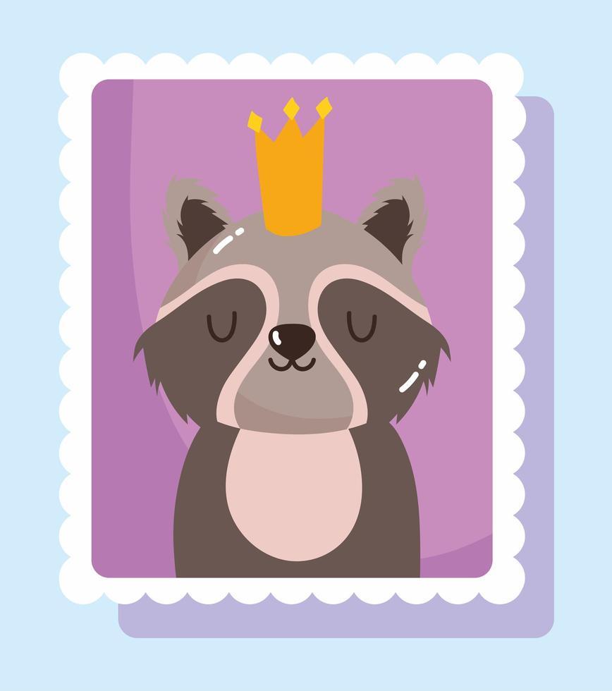 guaxinim fofo com coroa no selo do correio vetor