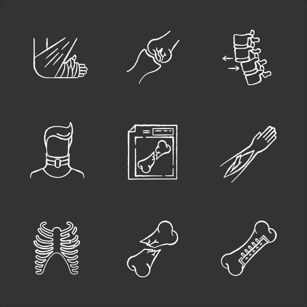 fraturas ósseas giz ícones brancos em fundo preto. varredura de raio-x. luxação da coluna. pescoço quebrado. cirurgia. fratura exposta. lesões de membros e partes do corpo. ilustrações vetoriais isoladas em quadro-negro vetor