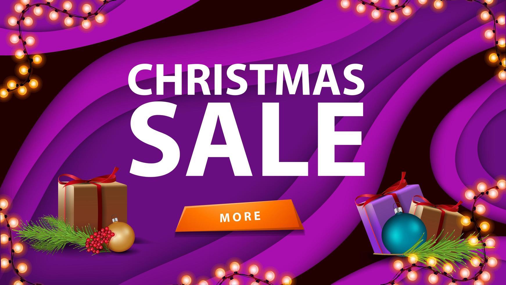 venda de natal, banner de desconto roxo em estilo de corte de papel com botão, presente e galho de árvore de natal vetor