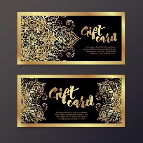 Certificados de presente de ouro rico no estilo indiano. vetor