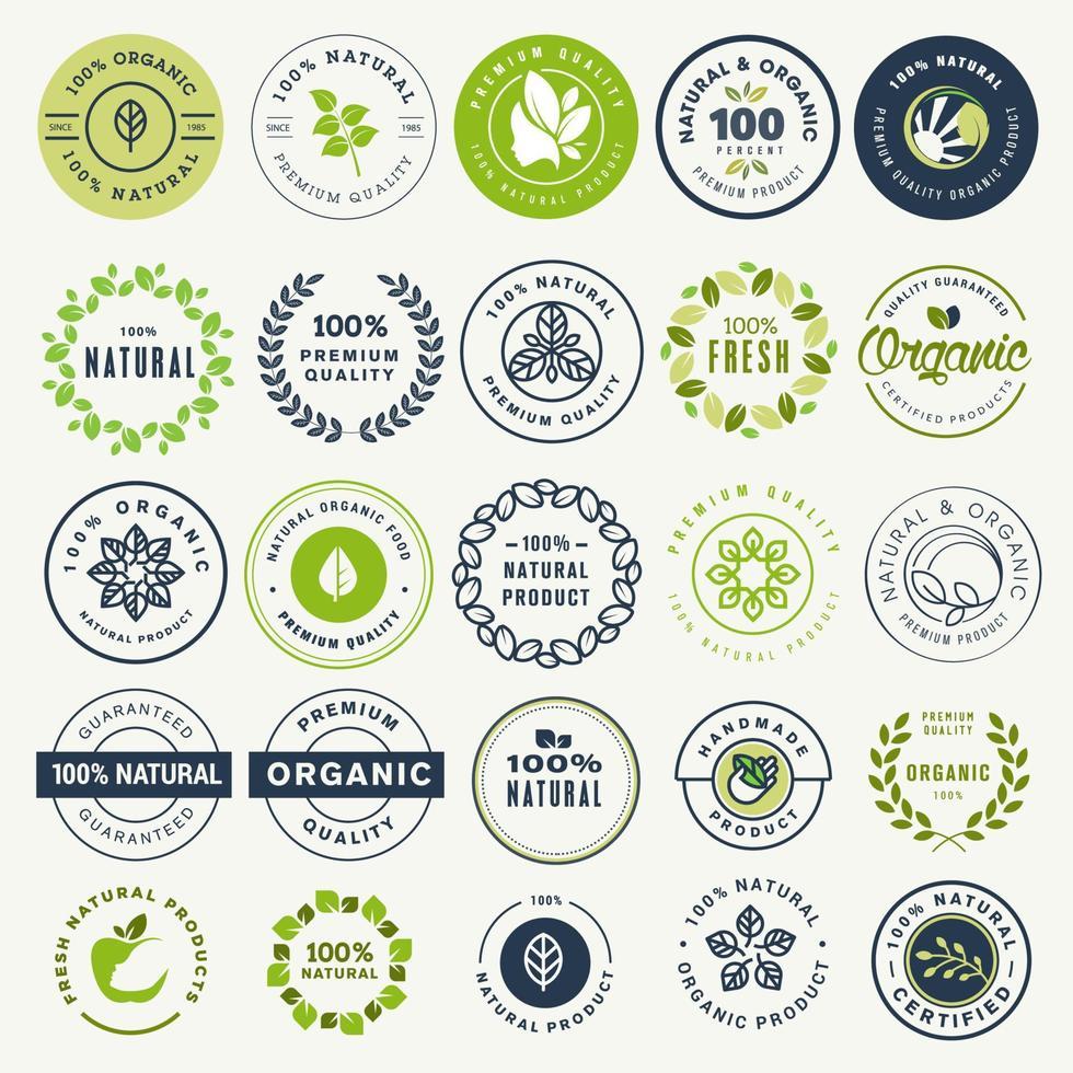 conjunto de adesivos e rótulos para alimentos e bebidas orgânicos e produtos naturais vetor