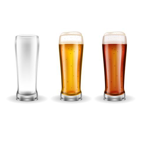 Três copos transparentes de cerveja vetor