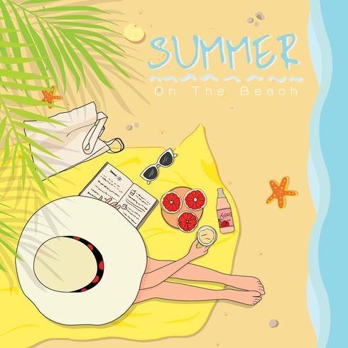 Menina, desgastar, chapéu sol, sentando praia, toalha vetor