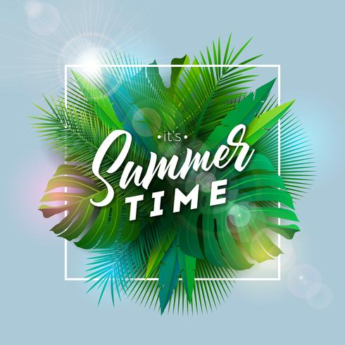 É a ilustração de horário de verão com letra de tipografia e plantas tropicais em fundo azul. Vector Design de férias com folhas de palmeira exóticas e Phylodendron