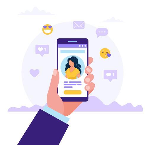 Namoro serviço app, mão segurando smartphones com foto de mulher. Relacionamento virtual, conhecimento em rede social. Ilustração vetorial em estilo simples vetor