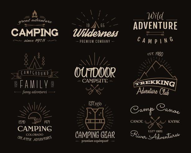 Emblemas de campismo e insígnias de viagem. Cores vintage, design de estilo antigo. vetor