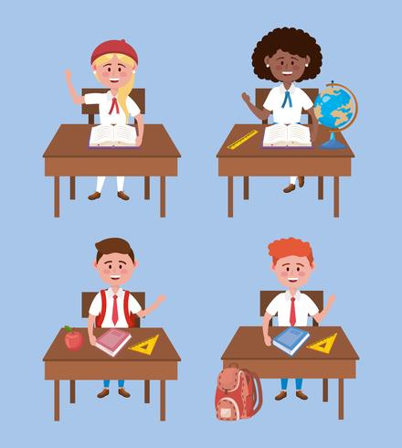 Conjunto de estudantes de menina e menino em uniformes nas mesas vetor