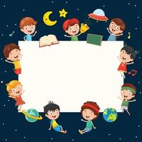 crianças segurando o cartaz com tema de espaço em branco
