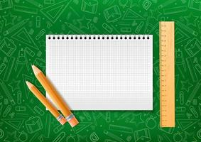 caderno com lápis e forro