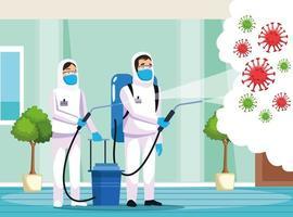 pessoas de limpeza de risco biológico com pulverizador contra covid 19